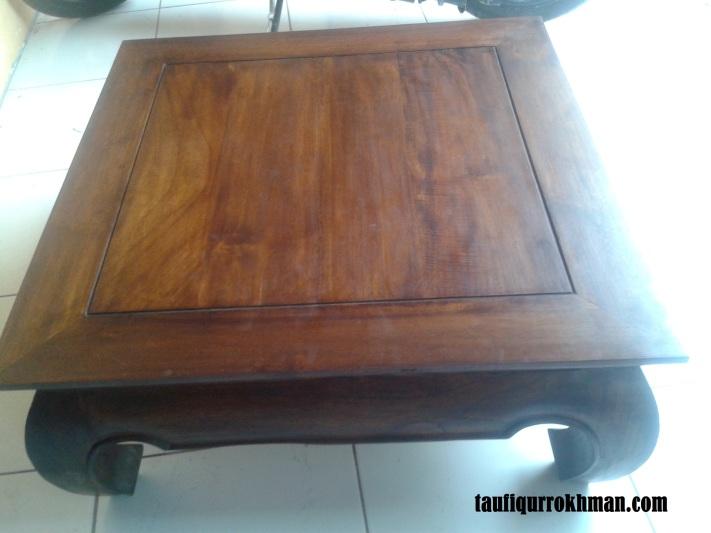 Meja Jepang